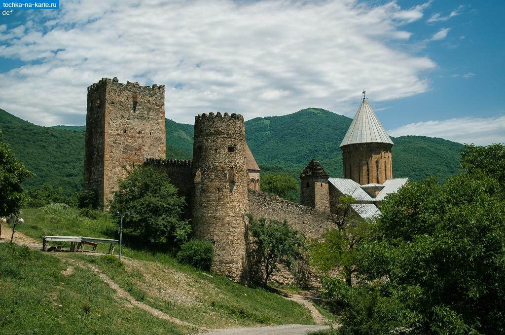 фото крепость ананури